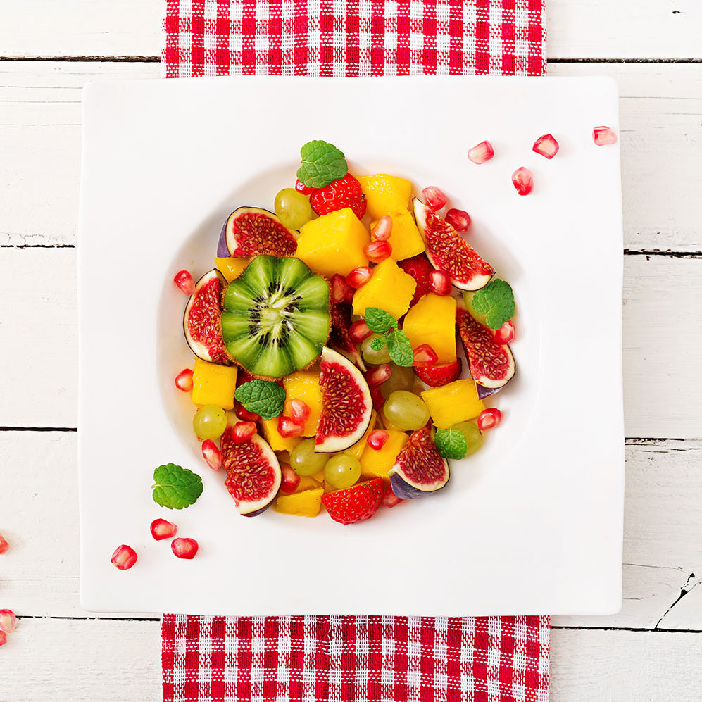 valentines-fruit-platter